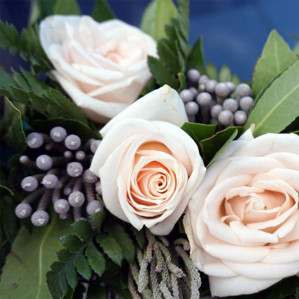Ρομαντικός γάμος στις αποχρώσεις του μπεζ