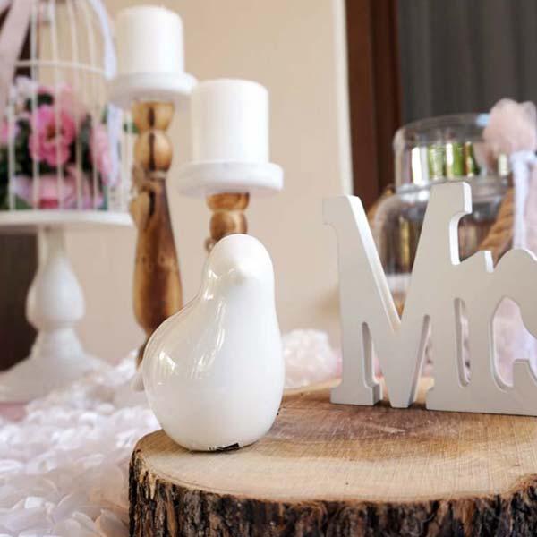 Στολισμός σπιτιού νύφης με γάζες σάπιο μήλο και δαντέλα