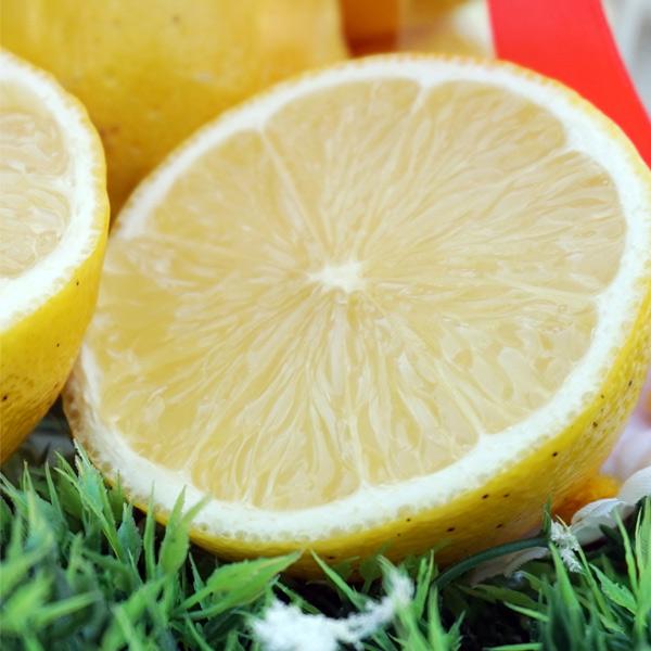 Βάπτιση με θέμα λεμονίτσα