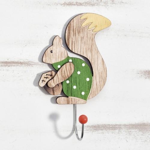 Ξύλινη κρεμάστρα σκίουρος